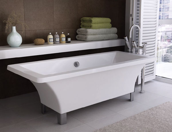 Only westminster cubic freestanding bath with for Freestanding bath sizes